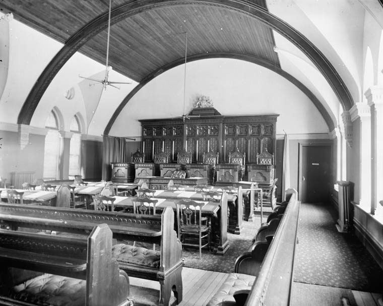 Interior of the Supreme Court of Canada in 1890. (William James Topley/Library and Archives Canada)